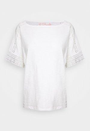 T-shirts med print - cream