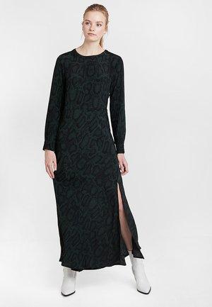 ANNIS DRESS - Długa sukienka - racing green