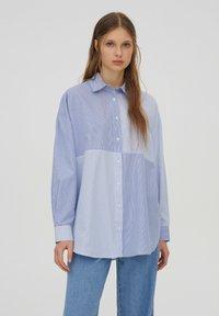 PULL&BEAR - Button-down blouse - blue - 0