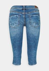 Pepe Jeans - SATURN CROP - Džínové kraťasy - denim - 6