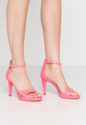 High heeled sandals - pink neon