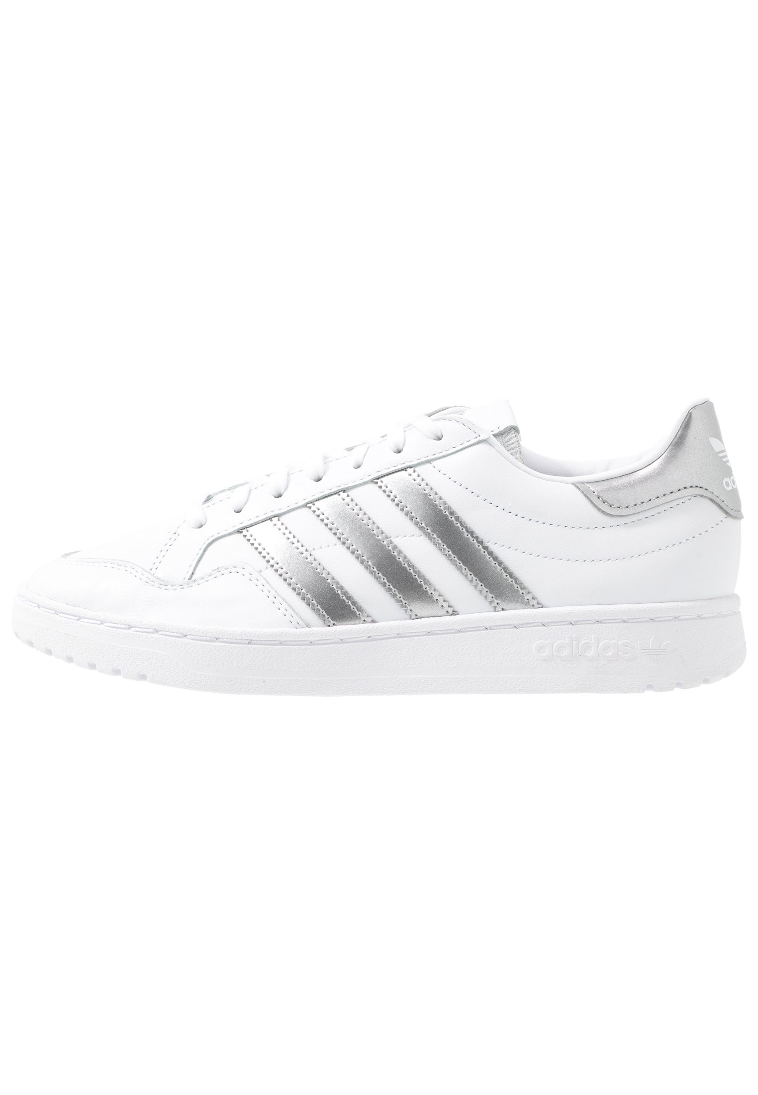 TEAM COURT Sneaker low footwear whitesilver metallic