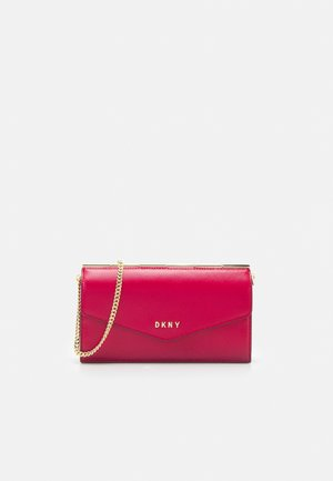 JULIUS SATCHEL - Wallet - bright rose