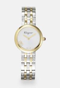 Salvatore Ferragamo - SIGNATURE - Watch - silver-coloured - 0