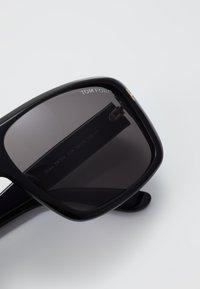 Tom Ford - Lunettes de soleil - black - 2