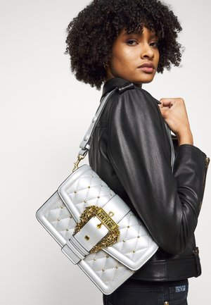 SHOULDER BAG - Håndveske - argento