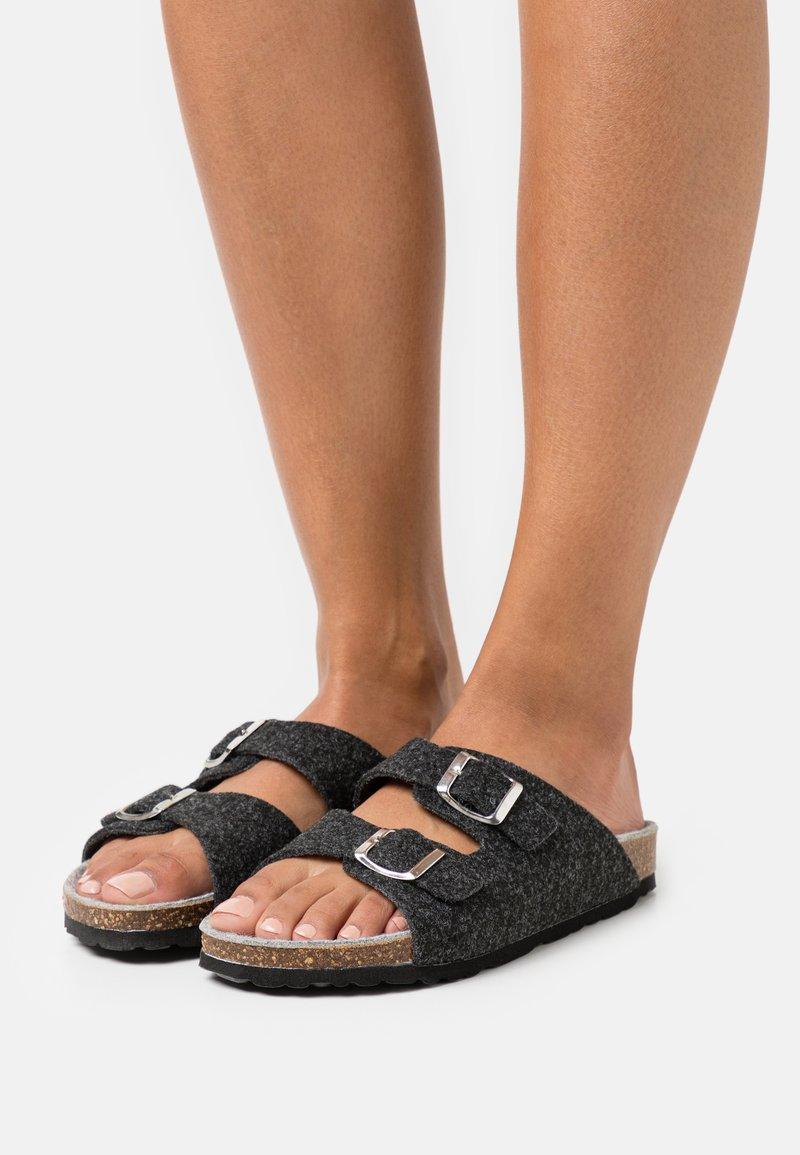 Bianco - BIACARIS  - Slippers - black