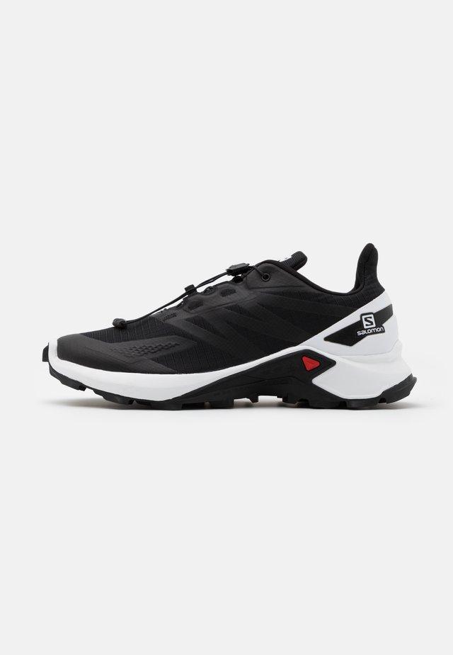 SUPERCROSS BLAST - Zapatillas de trail running - black/white