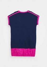 Nike Sportswear - AIR DRESS - Sukienka z dżerseju - blue void/active fuschia - 1