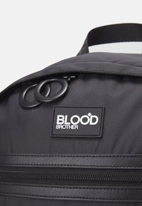 Blood Brother - UNISEX - Batoh - black - 5