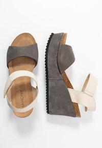 MAHONY - PATTY - Korolliset sandaalit - grey/beige - 3