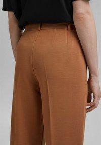Esprit Collection - SOFT PUNTO - Trousers - caramel - 4