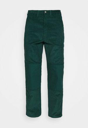 REWORKED UTILITY PANT - Pantaloni cargo - ponderosa pine