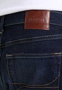 Hollister Co. - Bootcut jeans - dark wash - 4