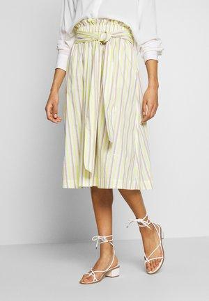Áčková sukně - pure white