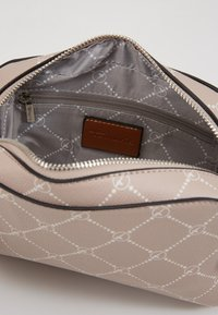Tamaris - ANASTASIA CLASSIC - Across body bag - taupe - 5