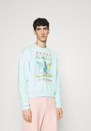 WETTER THE BETTER  - Sweatshirt - green