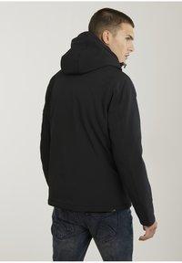CHASIN' - Winter jacket - black - 1