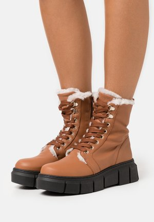 MILITARY - Winter boots - atenea