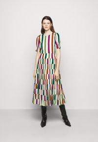 Diane von Furstenberg - ZADIE - Denní šaty - multicolor - 0