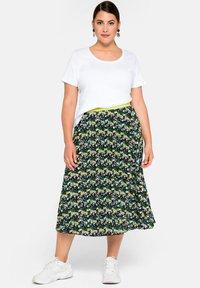 Sheego - A-line skirt - tiefgrün gemustert - 2