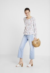TOM TAILOR - Blouse - offwhite - 1