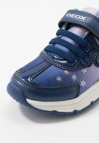 Geox - SPACECLUB GIRL FROZEN ELSA - Trainers - navy/lilac - 5