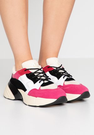 Sneakersy niskie - rubino