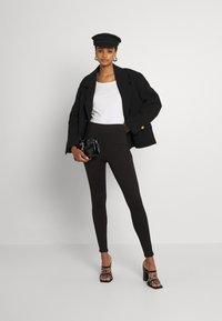 Vila - VIVALASA LEGGINGS - Leggings - Trousers - black - 1