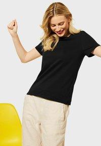 Street One - Basic T-shirt - schwarz - 1