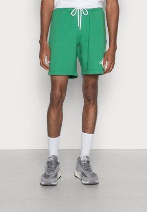FLOWER - Shorts - green