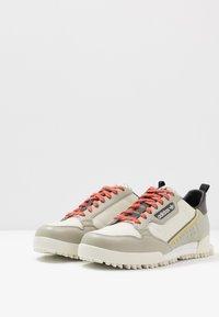 adidas Originals - CONTINENTAL 80 BAARA - Sneakers - sesame/orbit grey /core black - 2