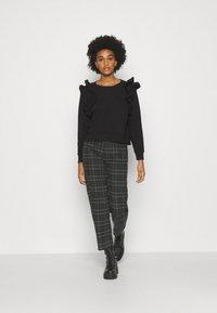 Monki - MISA - Sweatshirt - black - 1