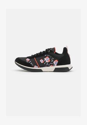 AYLAHH - Sneakers laag - black