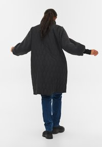 Zizzi - QUILTED TEDDY  WITH POCKETS - Down coat - black comb - 2