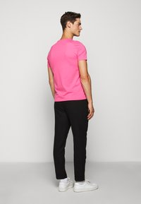 Polo Ralph Lauren - SHORT SLEEVE - T-shirt basic - blaze knockout pink - 2