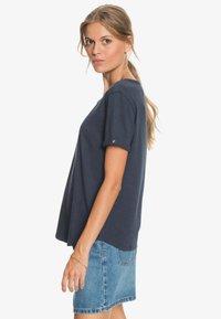 Roxy - OCEANHOLIC  - Print T-shirt - mood indigo - 3