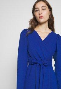 Closet - DRAPE SKIRT WRAP TIE DRESS - Shift dress - cobalt - 3