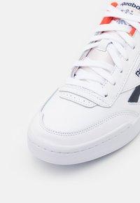 Reebok Classic - CLUB C LEGACY REVENGE  - Sneakers - footwear white/vector navy/dynamic red - 5
