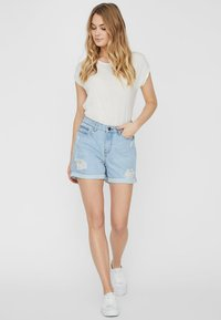 Noisy May - Shorts vaqueros - light blue denim