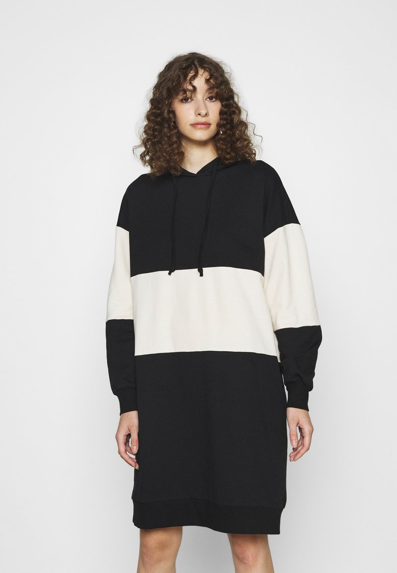 ONLY - ONLDREAMER COLOR BLOCK HOOD DRESS - Day dress - black/birch
