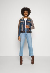 Desigual - CHAQ ALMU - Jeansjacke - denim light - 1