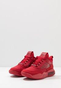 Jordan - MAX 200 - Trainers - gym red/black - 2
