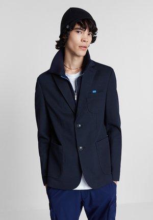 Sako - blue