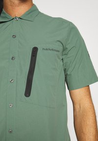 Peak Performance - VISLIGHT - Shirt - alpine tundra - 5