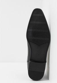 Topman - BRIAR CHELSEA - Classic ankle boots - black - 4