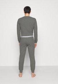 Pier One - LOUNGE HENLEY TROUSERS - Pyžamový spodní díl - mottled dark grey - 2