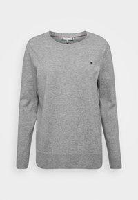 light grey heather