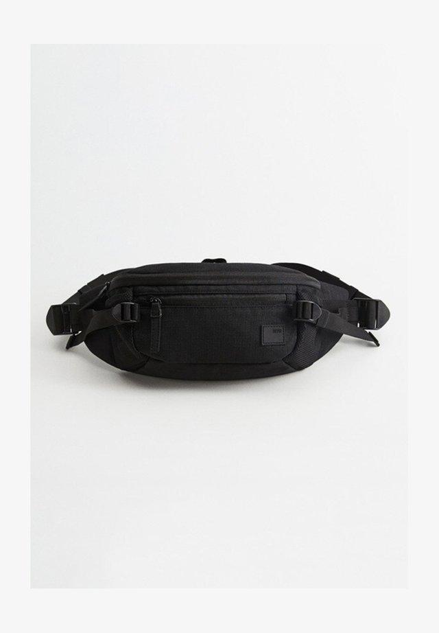 GÜRTELTASCHE MIT VIELEN FÄCHERN - Bum bag - schwarz