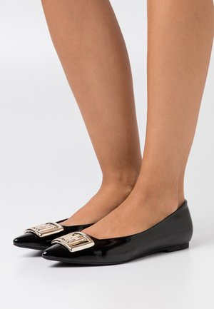 GROUP - Ballet pumps - black